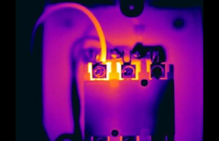 Electric1 0 0 - Infrared Electrical Inspection