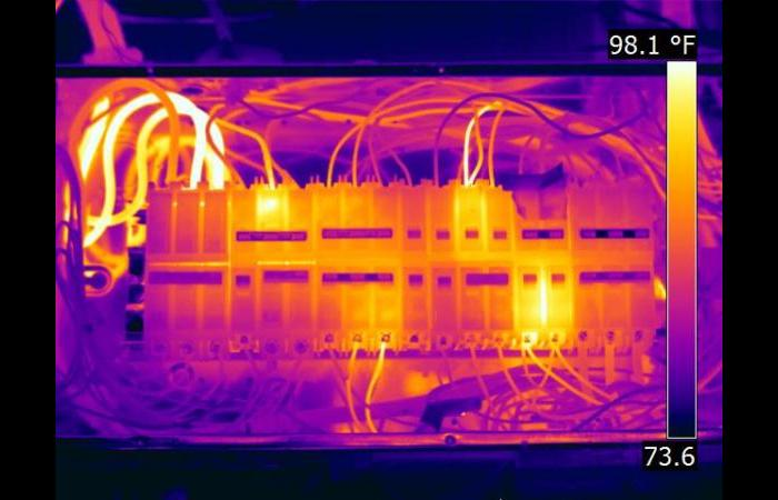 Hot panel 0 - Infrared Electrical Inspection