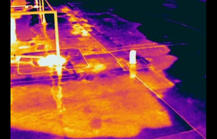 IR 1586a 0 - Infrared Roof Inspection