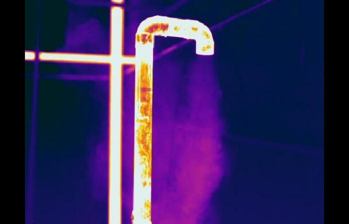 Steam pipe1 0 0 - Commercial Infrared Inspection