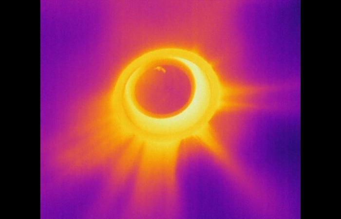 light1 0 0 - Building Infrared Inspection